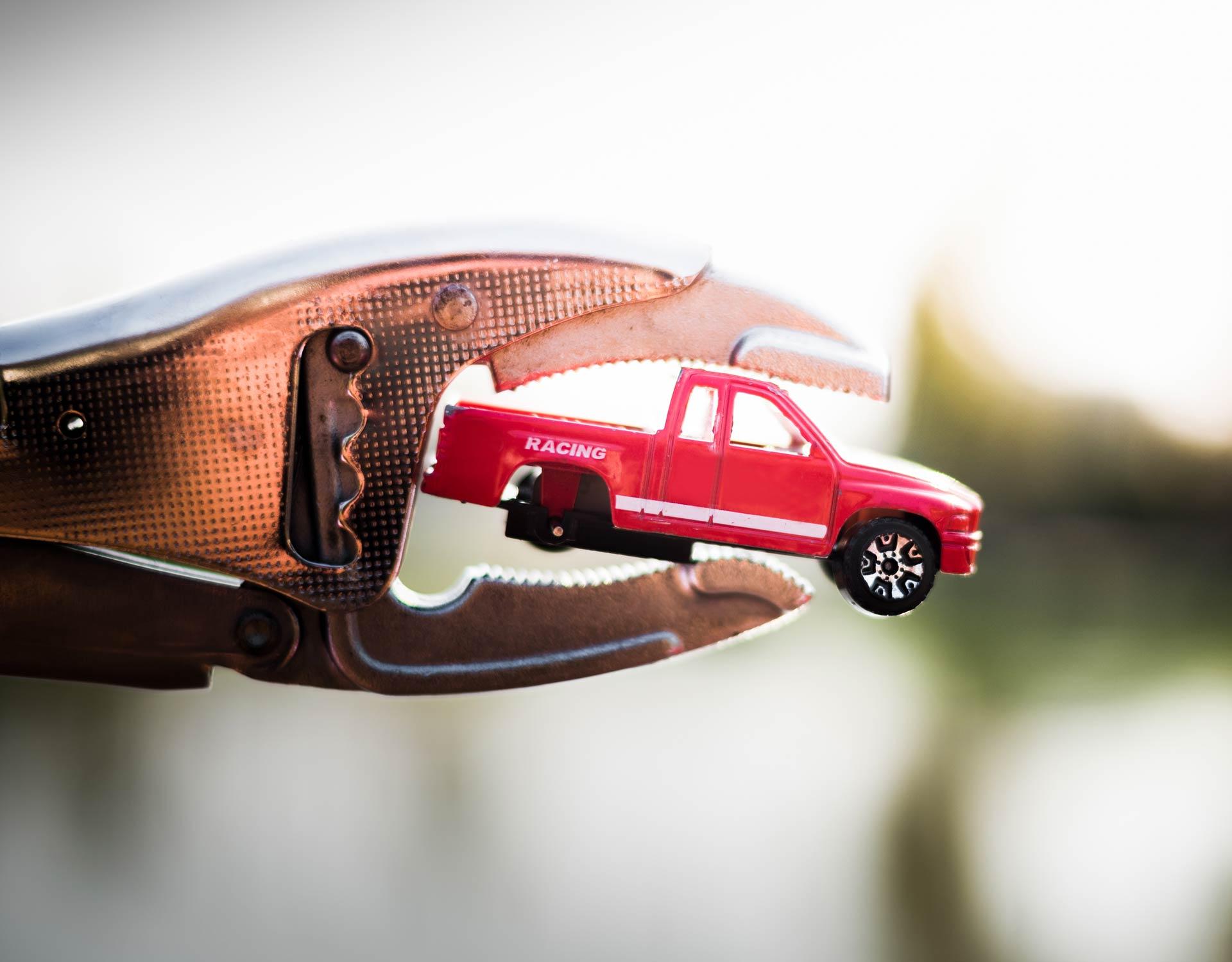 Jak se řeší totální škoda na autě