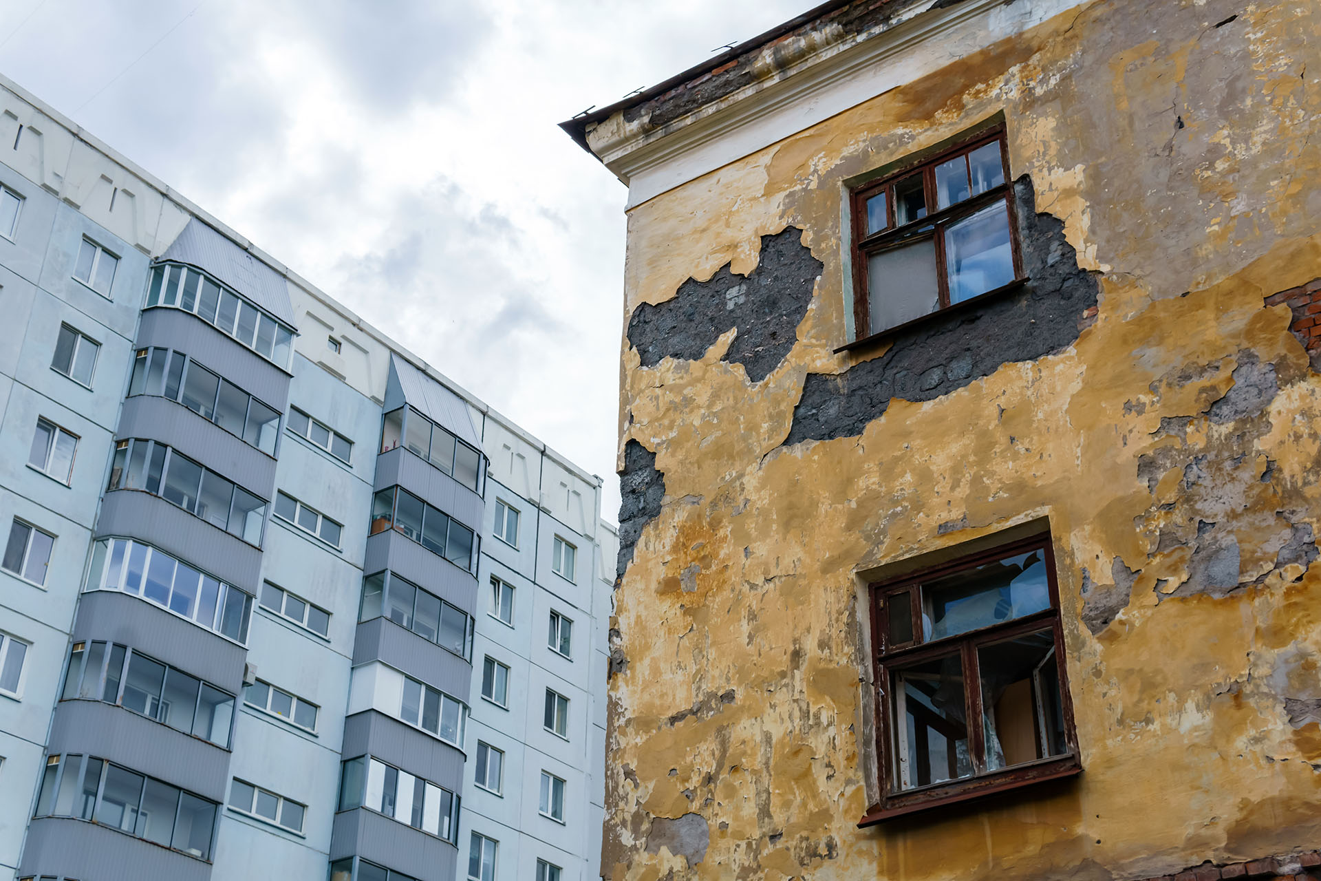 Chátrající nemovitost nepojistíte. Prvně ji musíte opravit